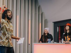 Rap Duell Staffel 1 Folge 11: Rap Duell 11: Rola & Rina, Rote Mütze Raphi & Aylo
