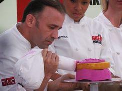 Buddy sucht den Superkonditor Cake Boss: Next Great Baker 2 Folge 2: Torten in Lebensgröße