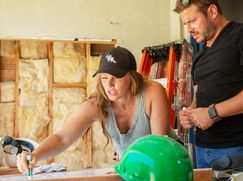Rock the Block - Die HGTV Umbau-Challenge Rock the Block - Die HGTV Umbau-Challenge Staffel 1 Folge 1: Duell der Designerinnen