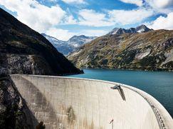 Richard Hammond's BIG - Größer geht's nicht! Richard Hammond's BIG - Größer geht's nicht! Staffel 1 Folge 3: Die Mega-Staumauer in Österreich
