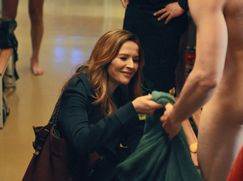 Frau Jordan stellt gleich Staffel 01 Folge 8: Femen und Feuerwehr