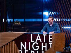 Late Night Berlin - mit Klaas Heufer-Umlauf  Staffel 2020 Folge 9: Die Show vom 27.04.2020