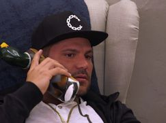 Jersey Shore: Family Vacation Staffel 01 Folge 6: Fettsack am Boden