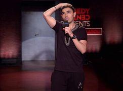 Comedy Central Presents Staffel 01 Folge 1: Salim Samatou