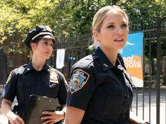 Blue Bloods - Crime Scene New York Staffel 10 Folge 3: Hinter dem Lächeln