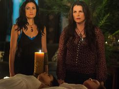 Witches of East End Staffel 02 Folge 10: Der Untergang des Hauses Beauchamp